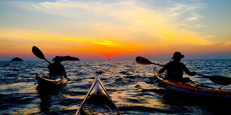 4 day sea kayaking expedition